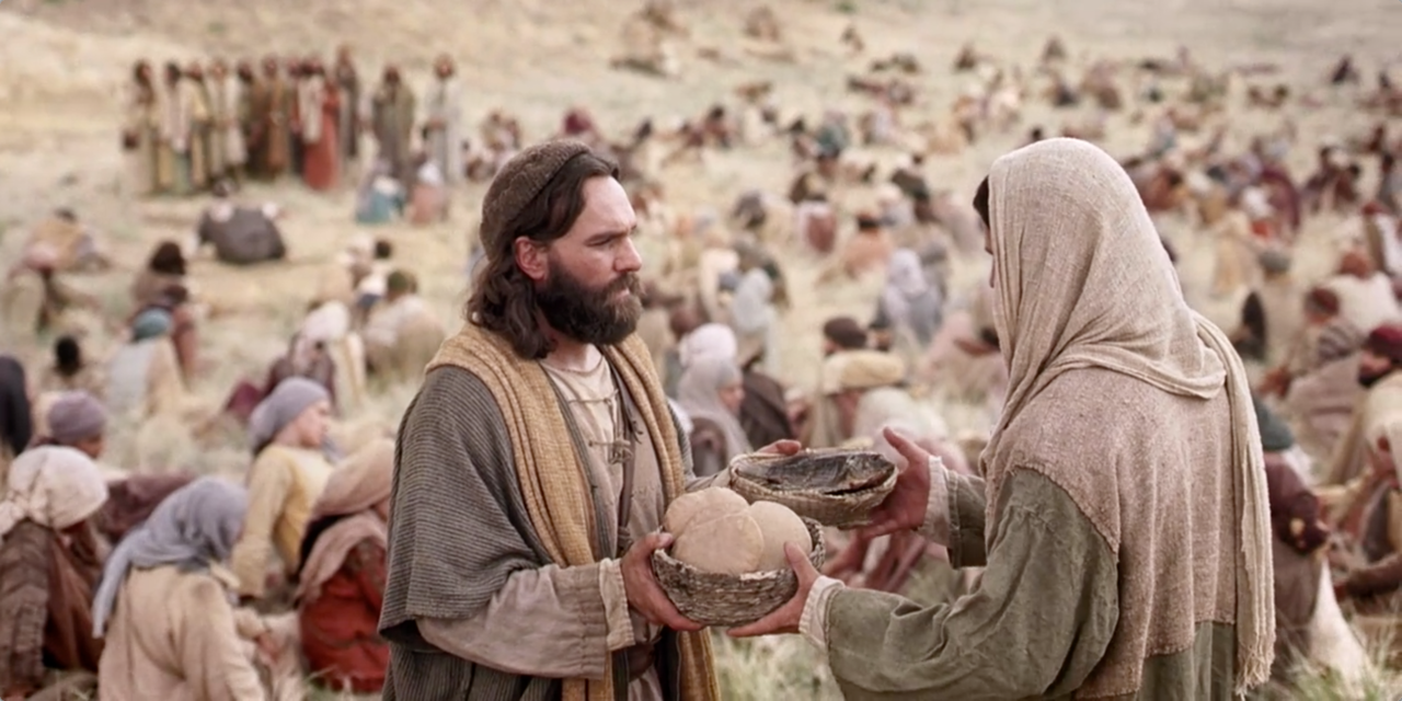 feeding of the 5000 jesus christ Jesus feeds the five thousand - when jesus heard what had happened, he withdrew by boat privately to a solitary place hearing of this, the crowds followed him on foot from the towns.