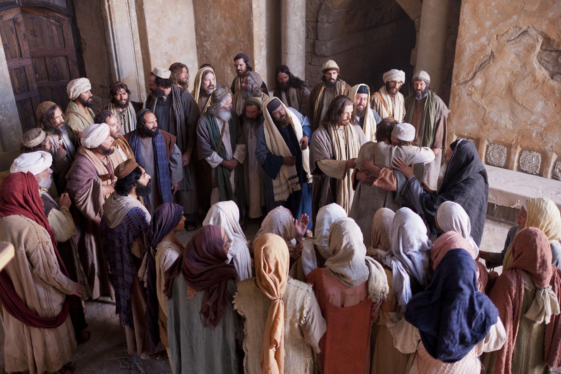 Jesus Heals A Possessed Man