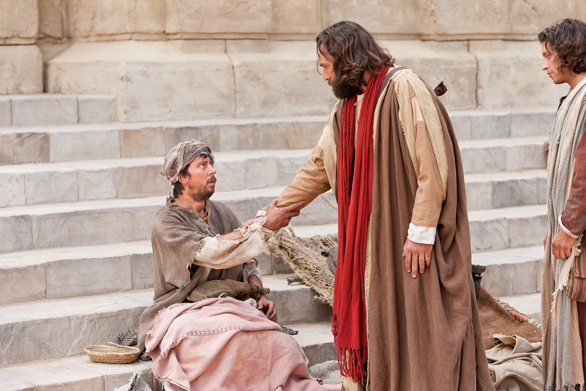 https://www.churchofjesuschrist.org/bc/content/bible-videos/videos/peter-and-john-heal-a-man-crippled-since-birth/peter-and-john-with-the-crippled-man-1200w.jpg
