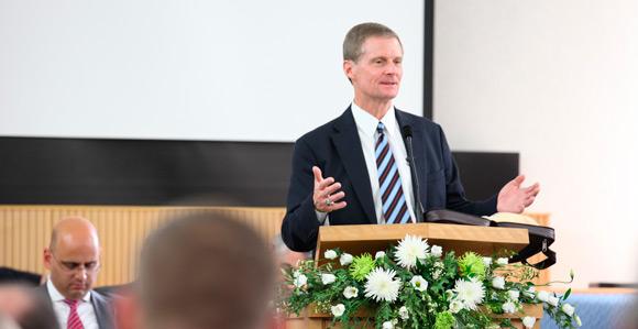 Elder bednar teaches come unto christ in england church news and