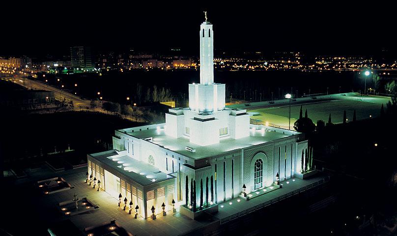 Soy Mormón, preguntame lo que quieras..  Madrid-spain-808x480-L07SIM04A