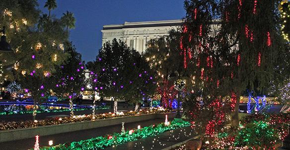 Christmas Lights Near Me 2020 85204 Mesa Temple Christmas Lights a 35 Year Tradition   Church News and