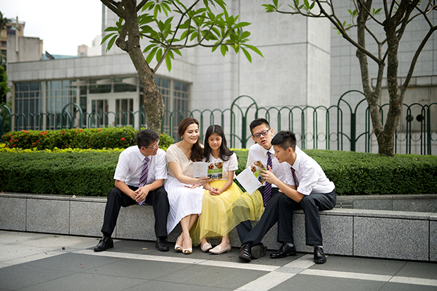 Teenagers In The Church Participate Work Of Salvation By Participating Family History For Their Ancestors
