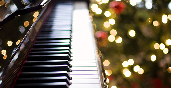 Christmas Piano.Enhance The Spirit Of The Season With Free Lds Christmas