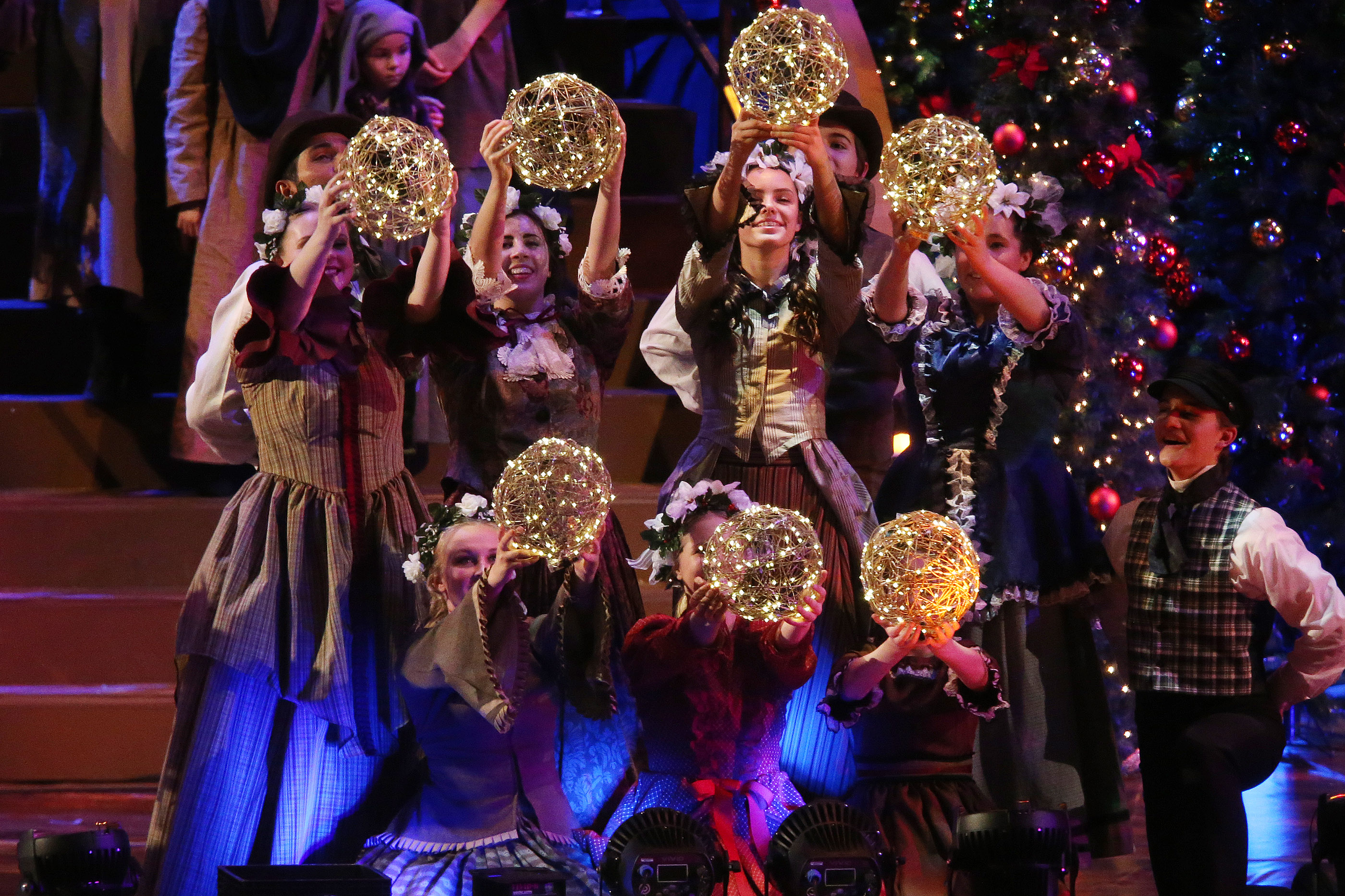 dancers perform during the mormon tabernacle choir christmas concert in salt lake city on thursday december 14 2017 photo by jeffrey d allred