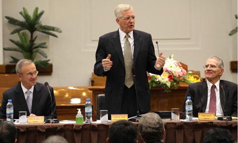 Elder Christofferson at a panel in Argentina