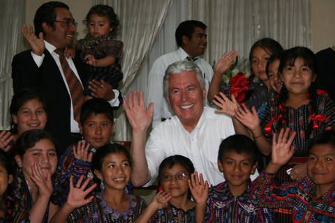 President Uchtdorf with children