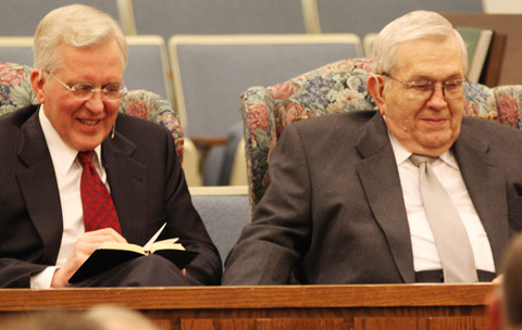 El élder Christofferson y el presidente Packer