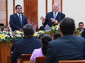 Elder Rasband with church members in Mexico