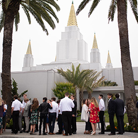 Oakland temple dedication