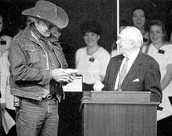 President Hinckley greets Joe Vogel, wagon master for the Nebraska leg of the journey