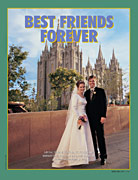 bridal couple in front of Salt Lake Temple