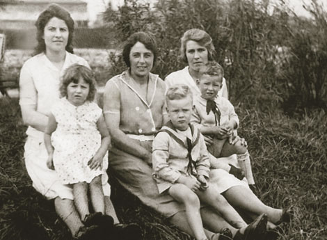 Gertrude Zippro and family