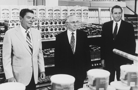 Presidents Hinckley and Monson and President Ronald Reagan