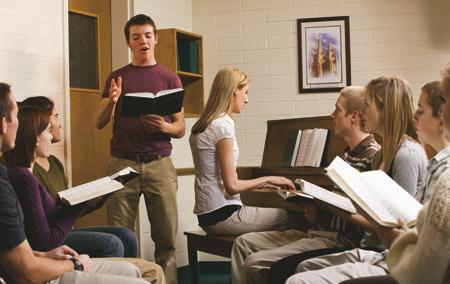 class singing a hymn