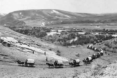 pioneer wagon train