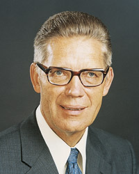 bruce mcconkie how tall