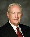 Elder Richard G. Scott dwara
