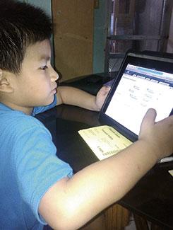 Stephen S., 6 años, Filipinas