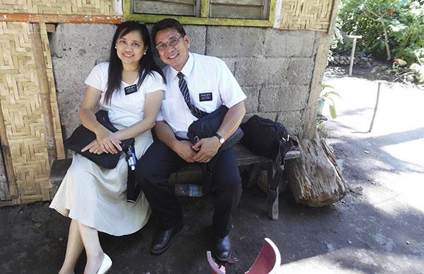 the Rietas serve in the Philippines