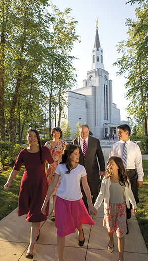 family walking on Boston Massachusetts Temple grounds